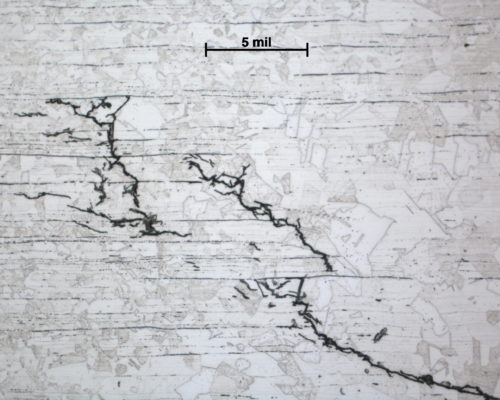 35270-1-2-1 cracks near weld 200x oxalic etch 2
